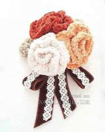 Схема вязания крючком броши с цветами.