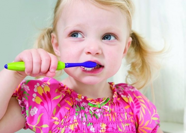чистка зубов 7 (600x428, 214Kb)