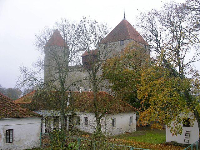 курессаре, замок 19 (640x480, 451Kb)