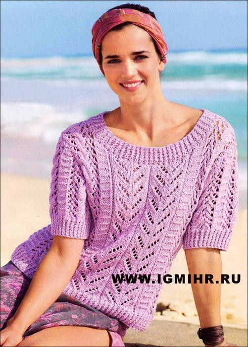 Женственный и романтичный пуловер из ажурных полосок и кос. Спицы