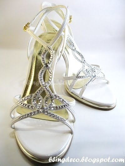 rhinestones decorated wedding shoe 3 (400x533, 99Kb)