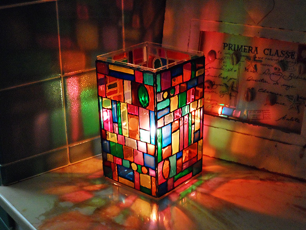 faux-stain-glass-luminary (600x450, 190Kb)