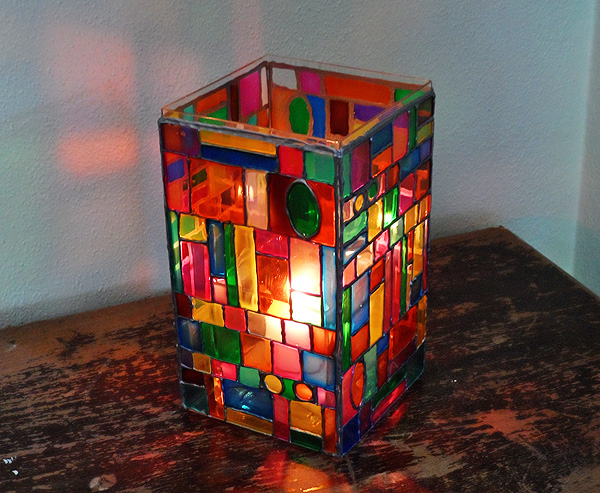 faux-stain-glass-luminary2 (600x493, 201Kb)
