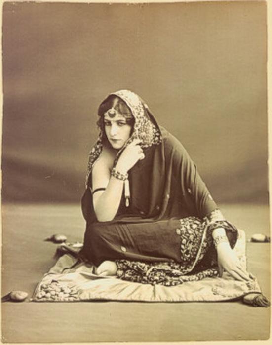Anita Delgado, Princess of Kapurthala (551x700, 428Kb)