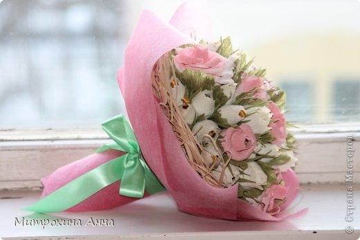 розы из конфет (7) (520x347, 80Kb)