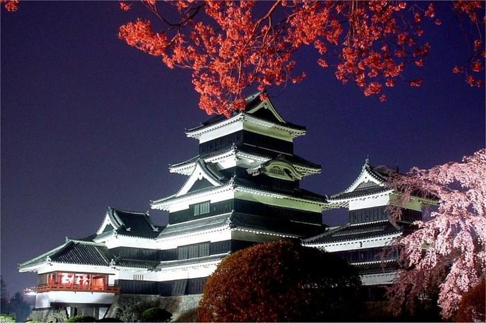 Три древнейших замка Японии