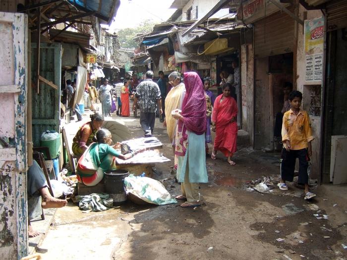 928775_Dharavi_Slum_in_Mumbai (700x525, 331Kb)