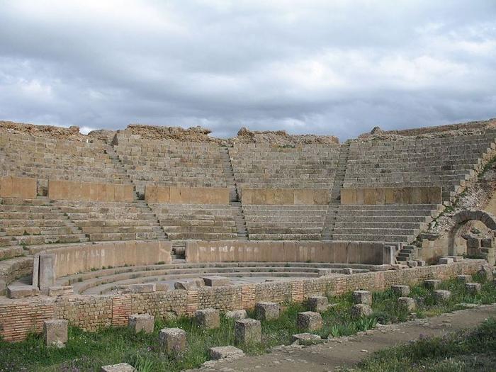 Timgad_Theatre (700x525, 356Kb)