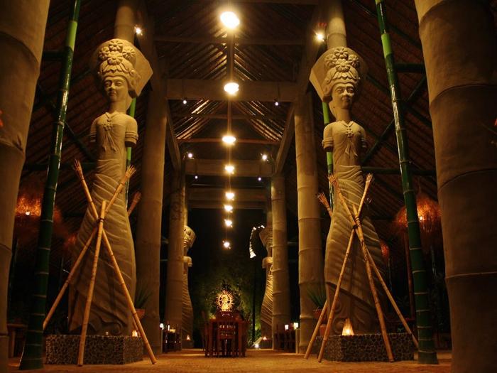 отель-музей Tugu Индонезия 3 (700x525, 403Kb)