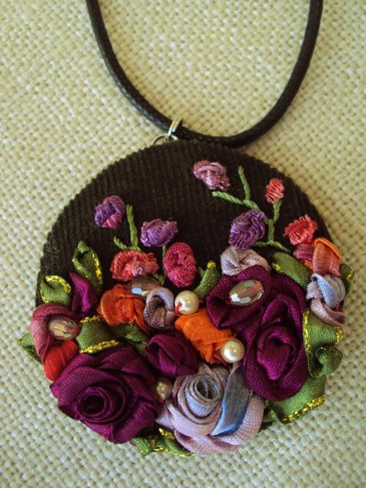 лиру Татьяна вышивка лентами4 (525x700, 479Kb)