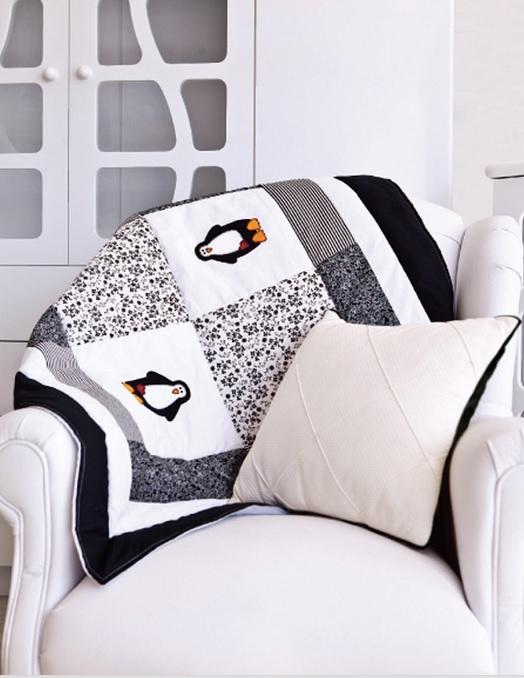 Детское одеяло в технике пэчворк с аппликацией пингвина (1) (524x678, 171Kb)