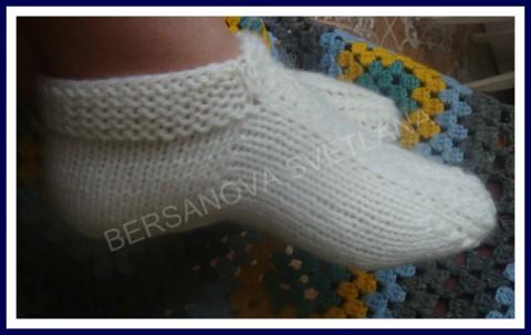 Вяжем носки на двух спицах без шва