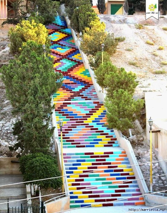 Граффити и Street Art. Самые красивые лестницы и ограды (15) (547x700, 451Kb)