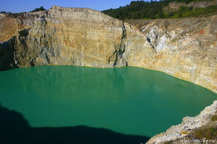 озеро волшебное (700x465, 227Kb)