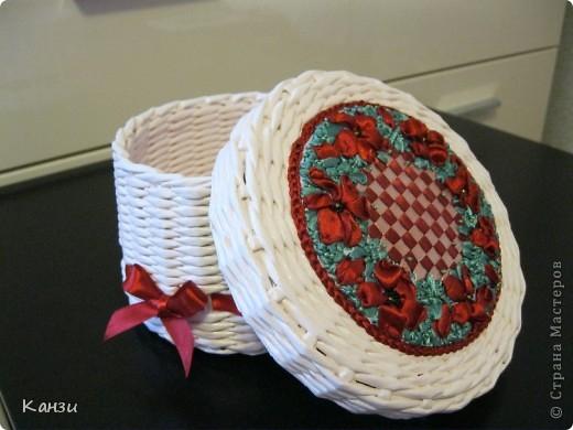 Газетные плетенки с вышивкой лентами. Мастер-класс (36) (520x390, 163Kb)