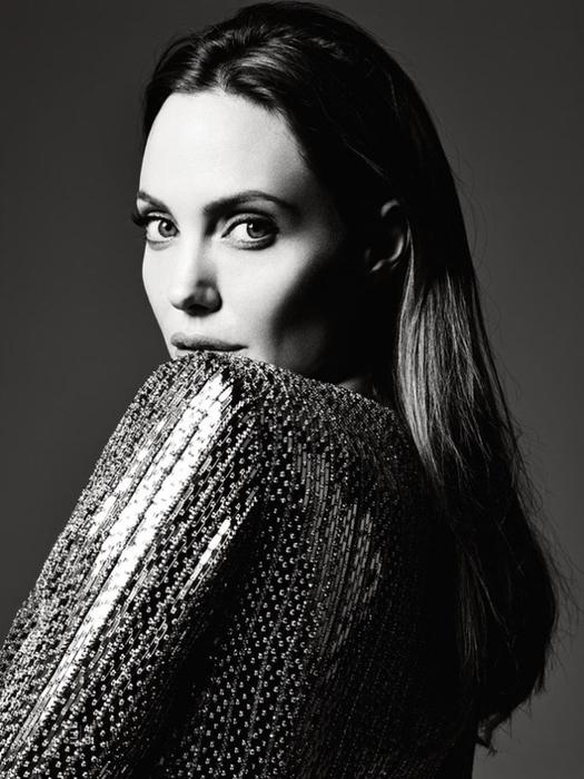 Анджелина Джоли фото 3 (525x700, 218Kb)