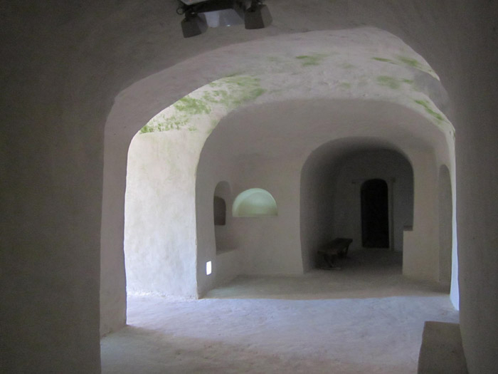 Пещеры Белогорья Большие Дивы6 (700x525, 172Kb)