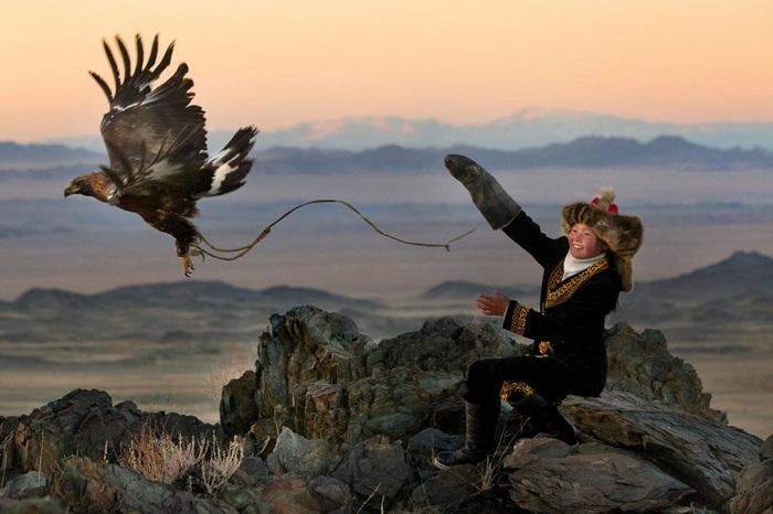 монгольская-охотница-9 (700x466, 93Kb)