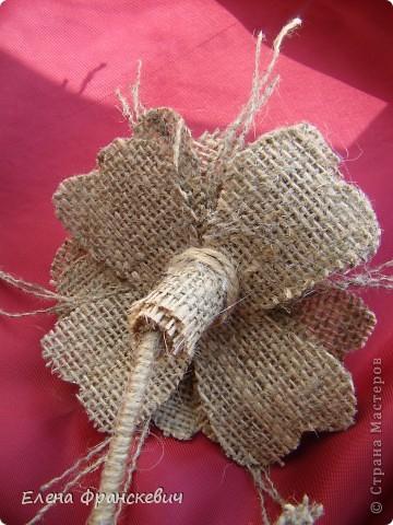 Поделки из мешковины от Елены Франскевич. Конфетный цветочек (8) (360x480, 198Kb)