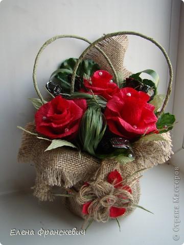 Поделки из мешковины от Елены Франскевич. Конфетный цветочек (10) (360x480, 144Kb)