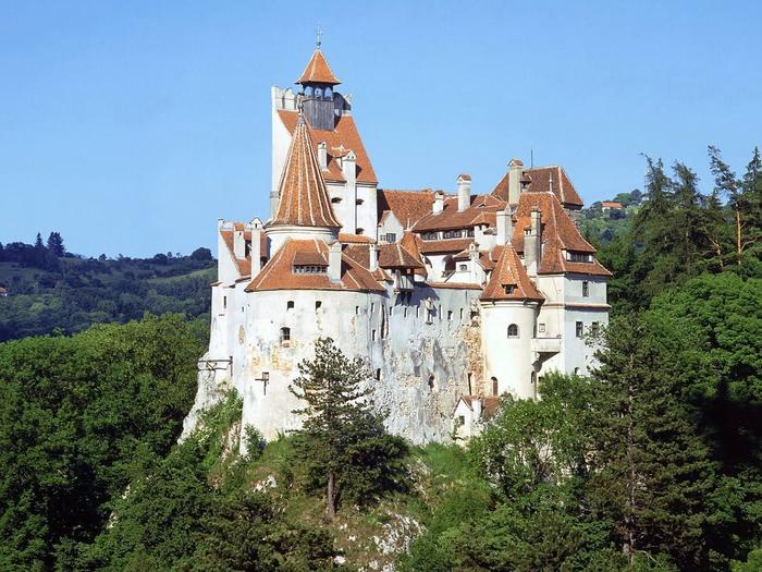 замок дракулы румыния фото 1 (700x525, 330Kb)
