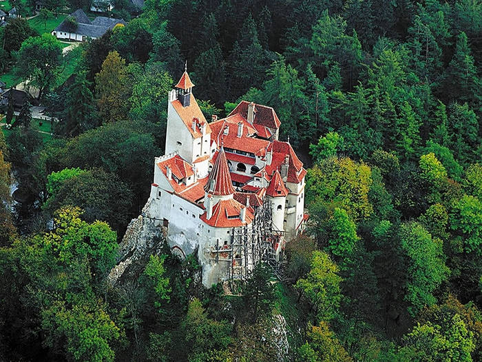 замок дракулы румыния фото 3 (700x525, 410Kb)