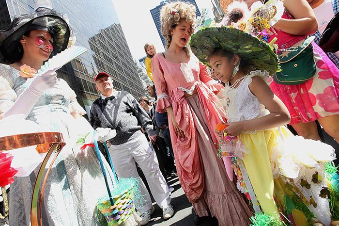парад шляп в нью-йорке 10 (700x466, 506Kb)