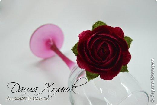 Свит-дизайн. Розы из гофрированной бумаги (5) (520x347, 79Kb)