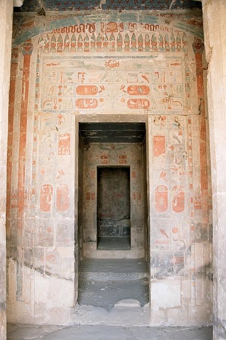 Храм царицы Хатшесуп египет фото 10 (466x700, 295Kb)
