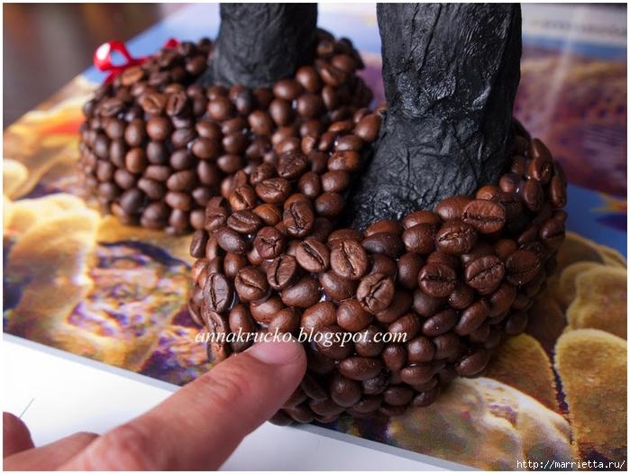 Minnie Mouse hecha de papel maché y granos de café.  Clase magistral (20) (700x526, 282KB)