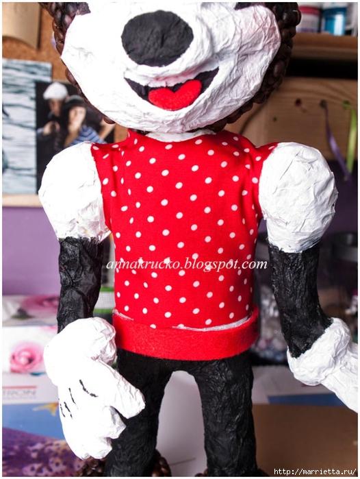 Minnie Mouse hecha de papel maché y granos de café.  Clase magistral (28) (526x700, 269KB)
