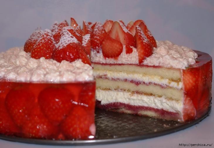 рецепт торта бисквит сметанно-клубничное желе