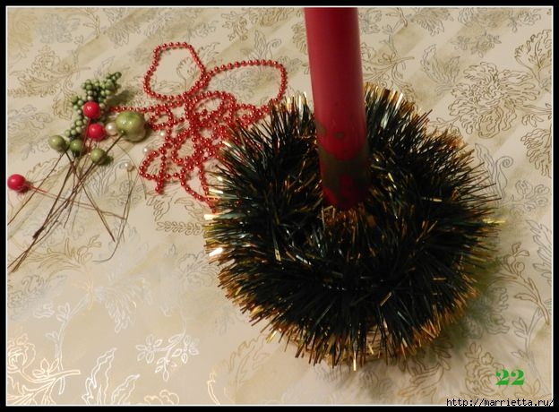 Tejiendo periódicos.  Sostenedor de vela de Navidad (24) (624x460, 181Kb)