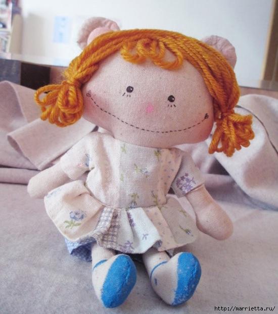 Шьем маленькую куколку. Фото мастер-класс (1) (550x622, 182Kb)