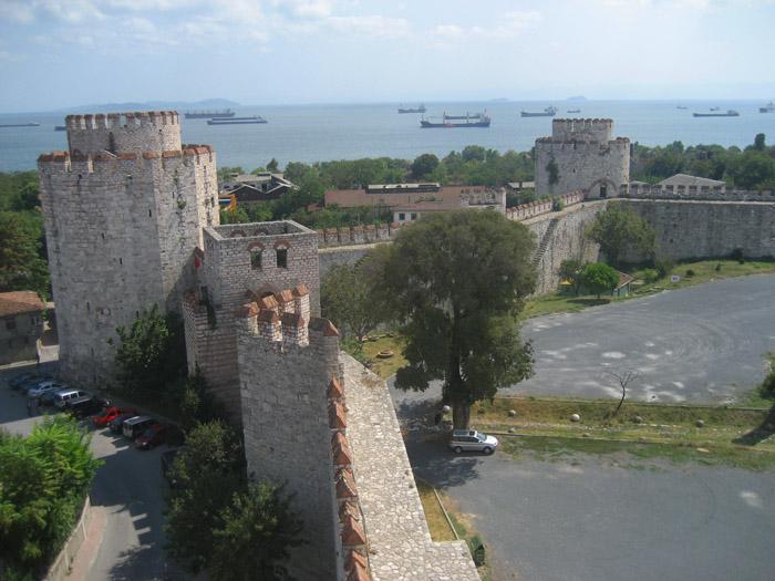 Стены Константинополя Едикуле 03 (700x525, 288Kb)