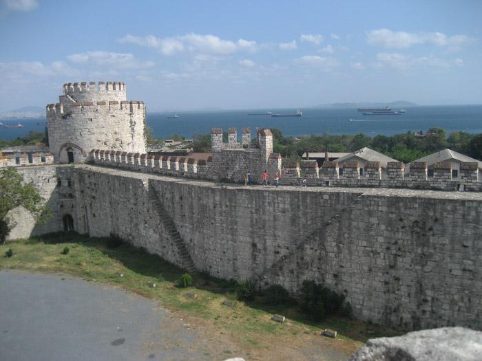 Стены Константинополя Едикуле 06 (700x525, 259Kb)