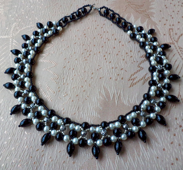 free-beading-tutorial-necklace-pattern-11 (700x650, 573Kb)