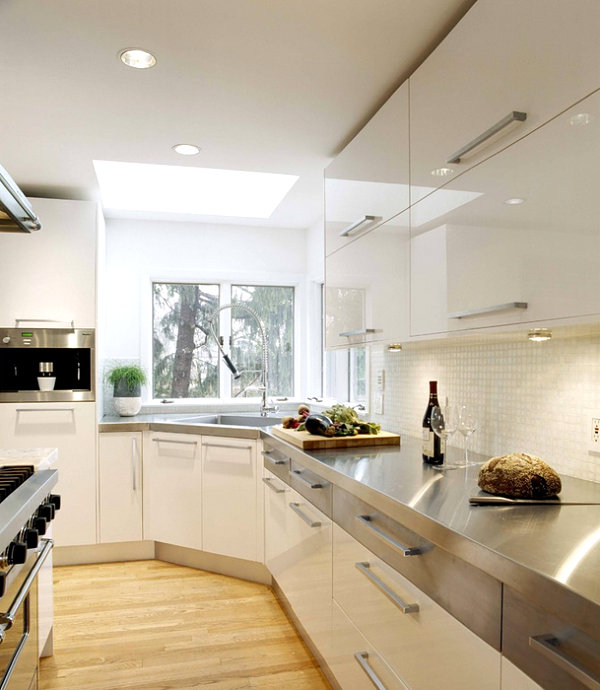 contemporary-white-kitchen-design-stainless-steel-countertops-appliances (600x690, 225Kb)