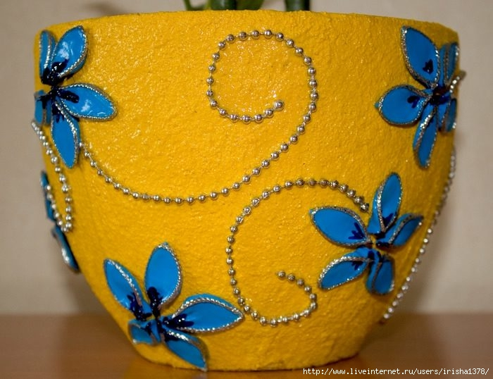 Декорировать цветочные горшки