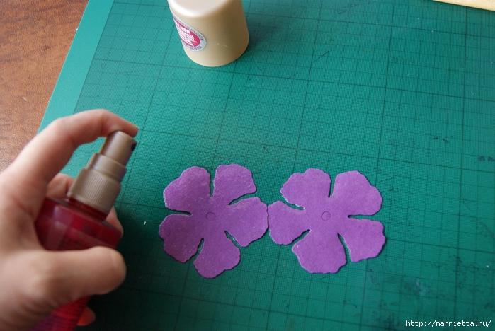 Бумагопластика. Цветочки в торфяных горшочках (55) (700x468, 255Kb)