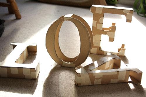 Большие буквы из картона своими руками