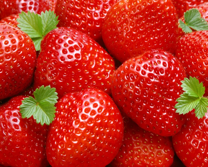 1412962669_Strawberries1 (700x560, 393Kb)