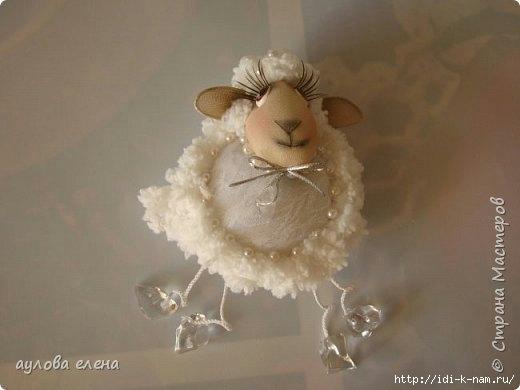 колготочные куклы овечка, как сделать овечку из капроновых колготок, символ 2015 года своими руками, Хьюго Пьюго рукоделие,