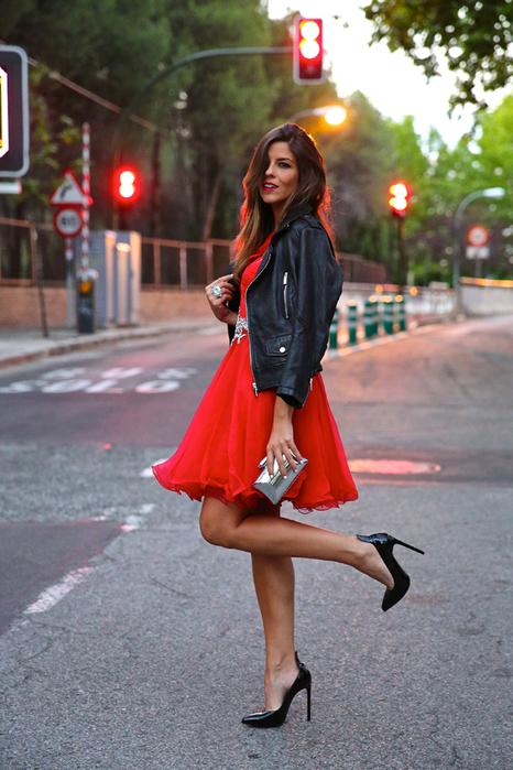 красный низ и кожаная куртка2 (466x700, 418Kb)