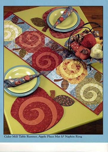 Пэчворк. Столовые салфетки яблочной тематики (1) (362x512, 235Kb)
