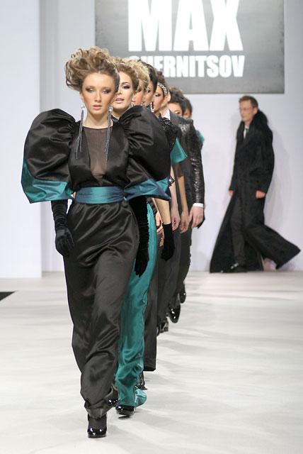 Коллекция Макса Черницова на московской неделе моды