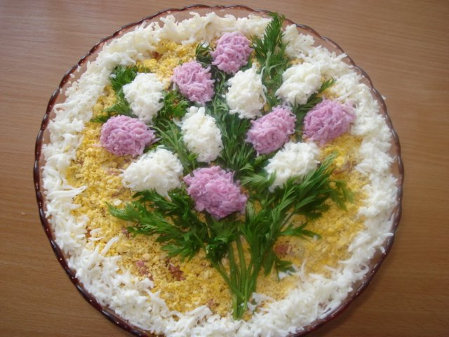 "salad ""lilac bouquet"""