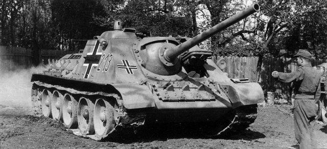 САУ также  использовались  Вермахтом