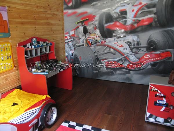 Интерьер детской в стиле гонок Формулы 1
