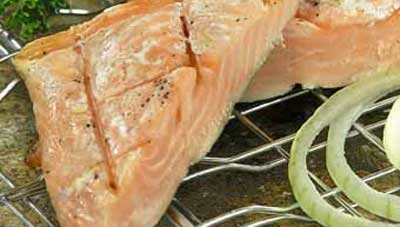 Тунец-барбекю с луком
